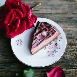 Turkish Delight Cake With Raw Brownie Base