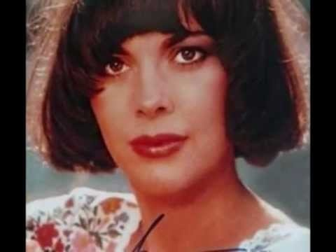 Mireille Mathieu - On ne vit pas sans se dire adieu - YouTube