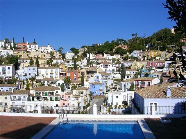 Discounted property for Sale in La Heredia (Costa del Sol) | R89446