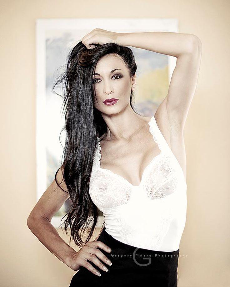 http://reginasalpagarova15.myblog.it/2014/07/25/regina-salpagarova-veste-patty-farinelli/ #cool #top #reginasalpagarova