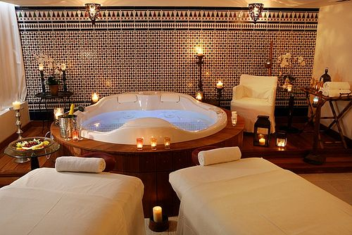 Spa Club - Massage room for couples   by Prima Hotels