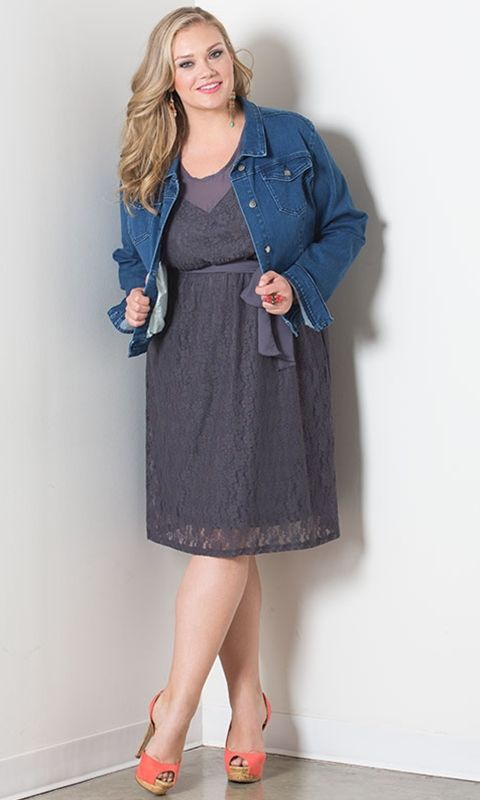 Life Styled Look 83: Embrace Lace #swakdesigns #Curvy #PlusSize