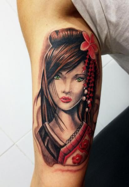 Tatouage Bras Japonais Geisha par Wanted Tattoo