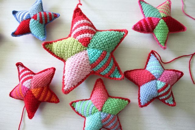 Crochet Tutorial - Making stars - great for Christmas ornaments made in a small gauge or for decorations made larger. Imagine some in metallic yarns too! from littlewoollie.blogspot.com