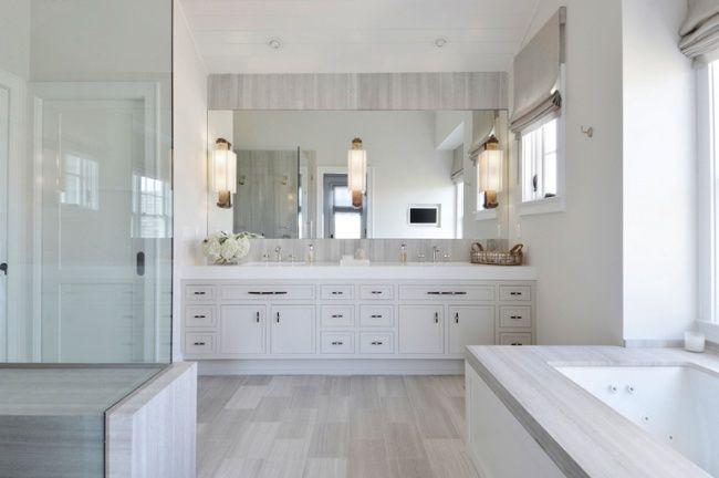Hamptons House Tour - Design Chic #Homes #HomeDecorators #Bathroom