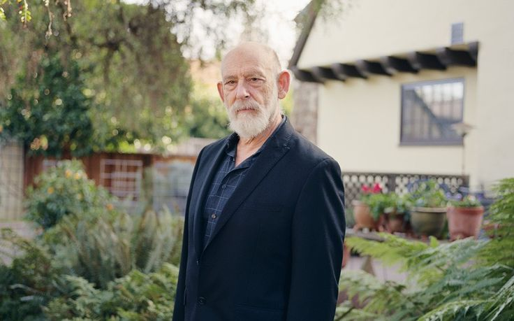 He grew up in grinding poverty and was forever in trouble at school. So how   did Leonard Susskind become one of the world's greatest physicists?