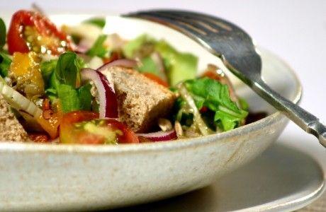 Salada italiana de pão | Panelinha - Receitas que funcionam