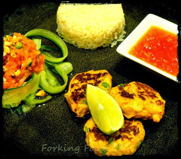 Thai Crab Cakes or Fish Cakes with Sweet Chilli Sauce and Fresh Pickled Vegetable Relish - includes Thermomix method - http://www.everyrecipe.com.au/r/thai-crab-cakes-or-fish-cakes-with-sweet-chilli-sauce-and-fresh-pickled-vegetable-relish---includes-thermomix-method-20091656.html