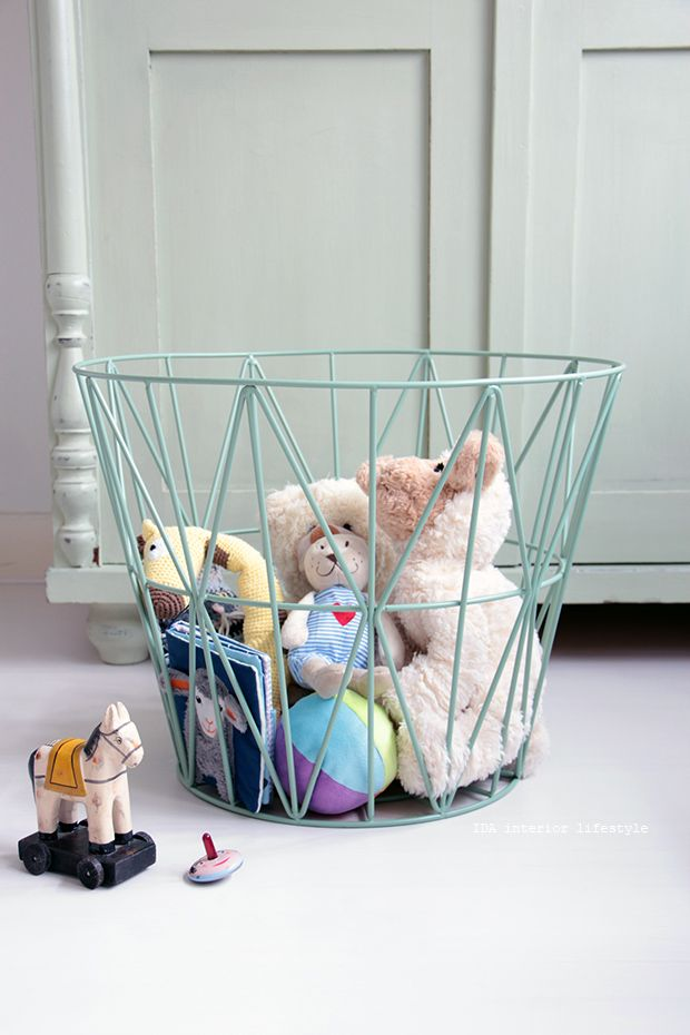 Mint wire basket to tidy up kids toys