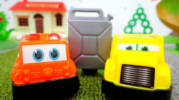 Обучающее видео для детей с машинками: учим цвета в игровой форме. Весел...