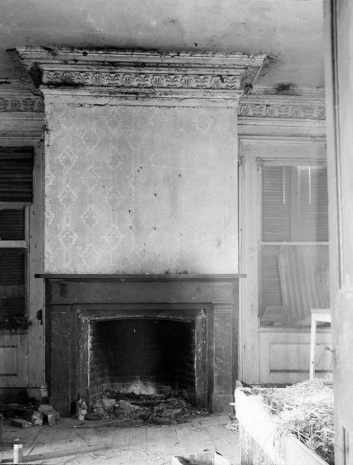 Woodlawn Plantation Mansion, Napoleonville Louisiana March, 1937 FIREPLACE AND CORNICE IN ROOM 201