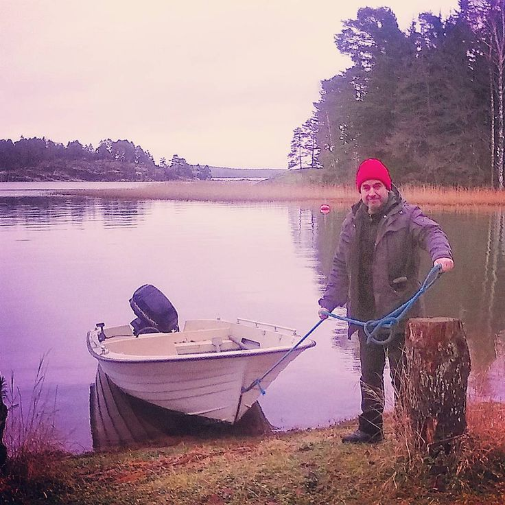 New Year! ...Time to check the fishing nets again!   #båt #bromarf #fishing #saturday #weareinfinland #seaside #finland #january #instaboat #castoff #herewego #onthewaterfront #newyear #raseborg