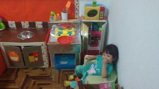 Cocina de cartón  para niñas