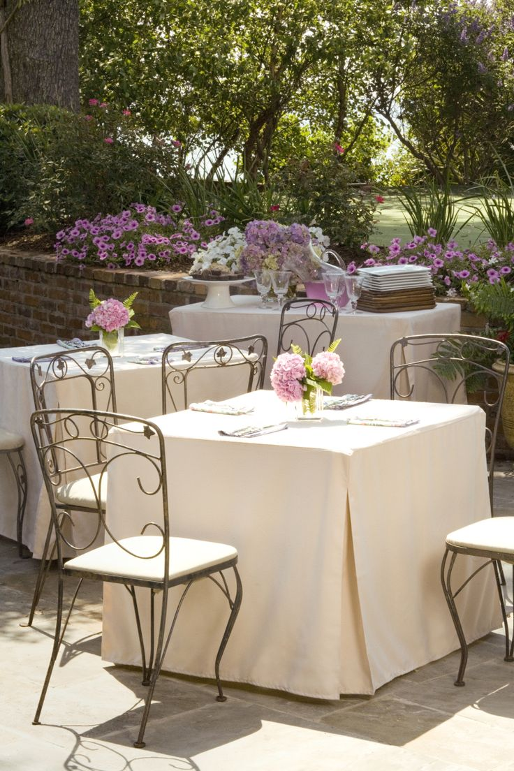 Our Natural Tablevogue Provides The Perfect Backdrop For Any Bridal Shower  Or Wedding Reception!