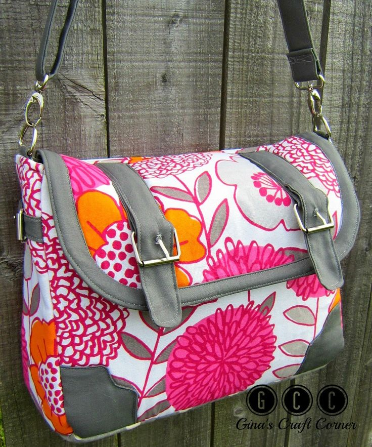 Laptop and iPad Messenger Bag by Gina's Craft Corner (pattern by Sew Sweetness)