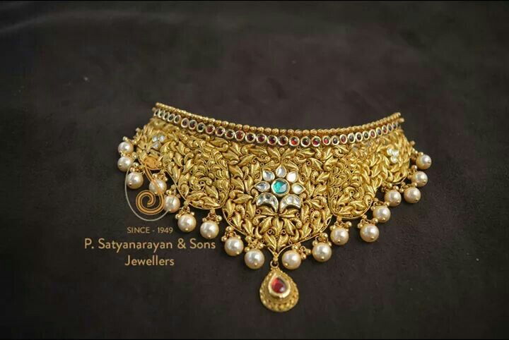 Gold choker for Indian weddings