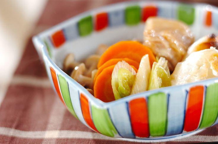 治部煮は金沢の郷土料理。ワサビをつけて召し上がれ。鶏と餅の治部煮[和食/煮もの]2008.09.22公開のレシピです。