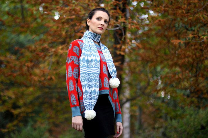 "★★★★★ WINTER SALE IN ALL OUR PRODUCTS!! ★★★★★  Scarf ""Luvov"" knitted in Spain using 100x100 merino washable wool. This Scarf is an original item of our Winter Collection ""Luvov"" inspired in the..."