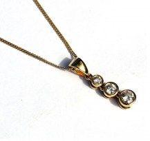 Diamond Droplet Pendant. Simple, Elegant, Sophisticated. 18YG   #DiamondsExclusive