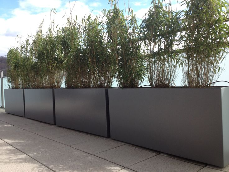 Floreira de fibrocimento Custom planters by IMAGE'IN by Création CJCJ | design Jean-Marc Julier