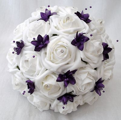 white roses with purple round bouquet | ... FLOWERS - BRIDES BOUQUET 2 BRIDESMAIDS POSIES IN PURPLE WHITE ROSES