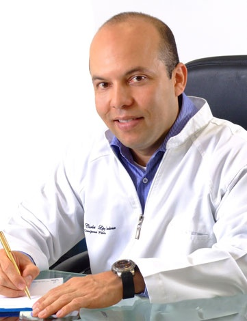 Dr. Lopez is sub-specialist in the field of facial plastic surgery. He is dedicated to providing the most advanced and time-proven techniques available today in facial plastic surgery >> Cirujanos plasticos cali, Lipoescultura Cali, Liposuccion Cali, Aumento de senos en Cali, Mamoplastia de aumento Cali  --> www.cirugiaplastikayestetika.com
