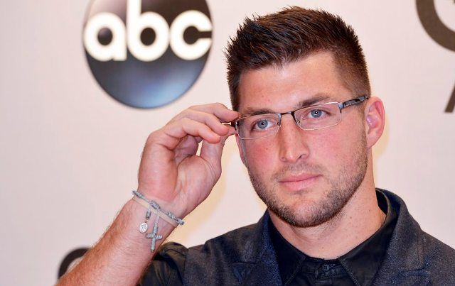 According to Source - Tim Tebow works out for the Philadelphia Eagles	As though its even conceivable, the Philadelphia Eagles' offseason got some more energizing on Monday. Previous Broncos quarterback Tim Tebow worked out for the Eagles, a source affirmed to FOX Sports 1's NFL insider Mike Garafolo, yet the group won't sign him.  : ~ http://www.managementparadise.com/forums/trending/281086-according-source-tim-tebow-works-out-philadelphia-eagles.html