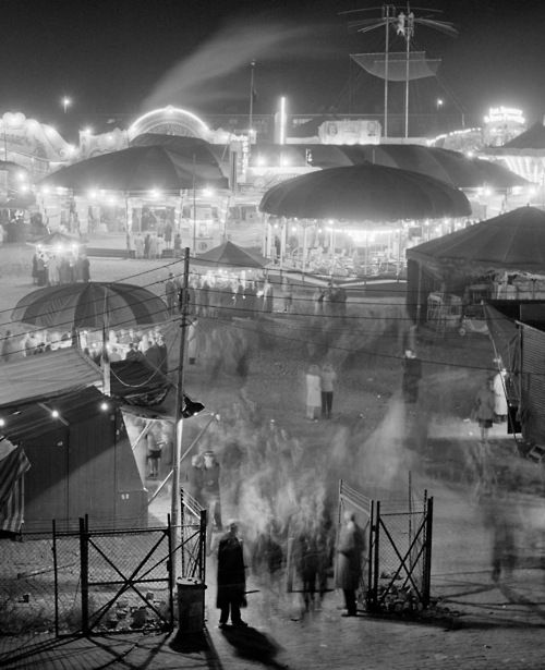 Fair at Malieveld, 1950s by Ed van WijkHague 1950 1959, Vintage Photos, Malieveld, By E Vans Wijk, Carnivale Fair Circus, 1950S By E, 1950 S, The Hague, Photography