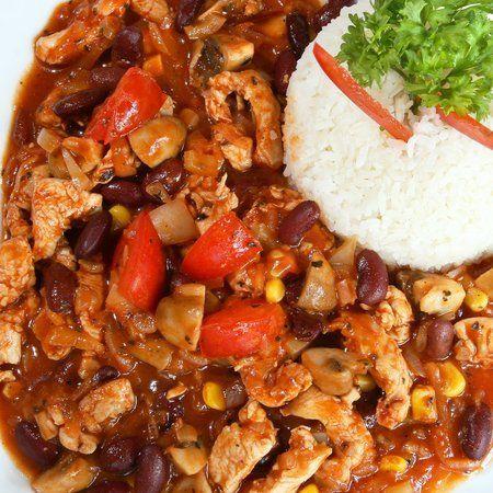 Egy finom Chilis csirke ebédre vagy vacsorára? Chilis csirke Receptek a Mindmegette.hu Recept gyűjteményében!