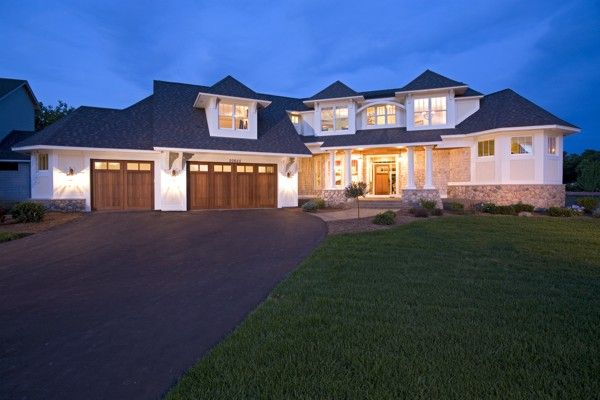 Anna's Garden Plan 2264 - 4 Bedrooms and 4.5 Baths | The House Designers