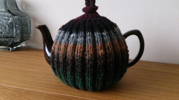 Grey/Camel/Black/Green/Mulberry hand knitted tea cosy with
