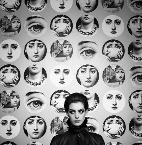 Anne Hathaway and Fornasetti plates   via tumblr