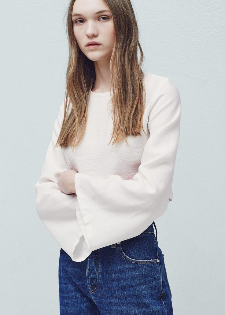 Flowy textured blouse - Shirts for Woman | MANGO Thailand