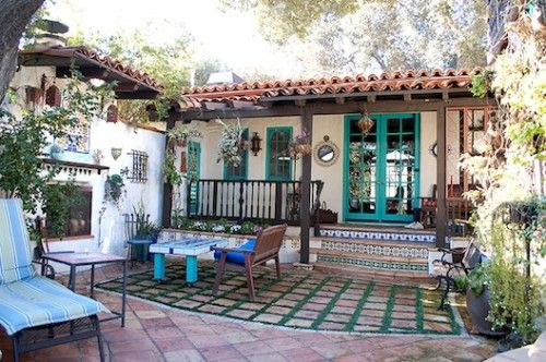 Thrifty Nifty Things: 1920's Spanish Home