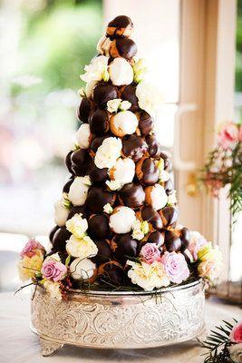 Croquenbouche ou Carolina: bolos de casamento alternativos