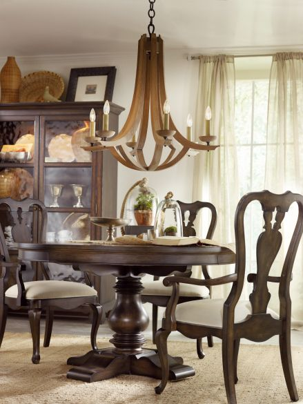 Hooker Furniture Harbour Pointe Dining Room Queen Anne Arm Chair in Bungalow 5041-75400