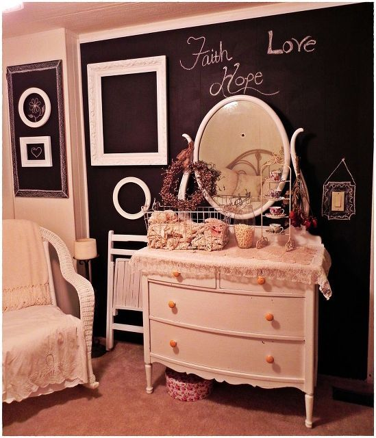 shabby room chalk board wall, bedroom ideas, home decor, shabby chic, Shabby style room full of rescued furniture