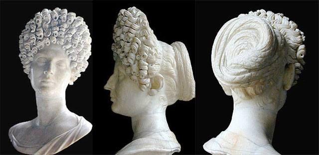 Bust of Julia Titi Flavia, daughter of the second Flavian emperor, Titus. Capitoline Museum (Palazzo Nuovo).
