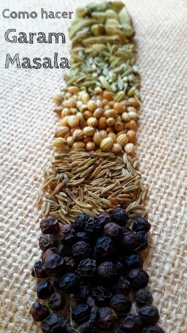 Garam masala es la mezcla de especias más básica de la comida india. Con unas especias simples y un mortero puedes preparar platos riquísimos!