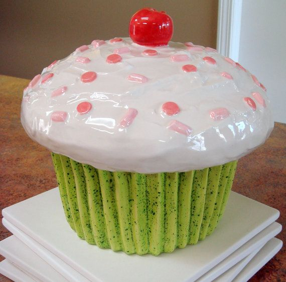 A Cupcake Themed 1st Birthday Party With Paisley And Polka: 34 Best Orange And Green/pink Party Images On Pinterest
