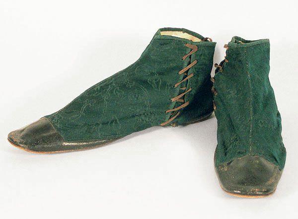 1830 boots: Shoes, Gaiter Boots, Boots Vintage, Rósa Guðjónsdóttir, Damasks Gaiter, Vintage Textiles, Regency Era, Half Boots, 1830 Damasks