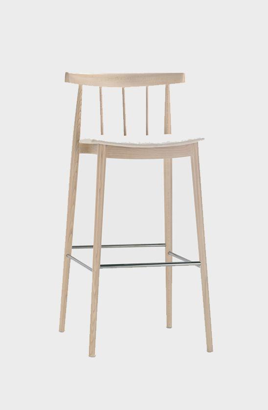 Smile bar stool, Andreu World