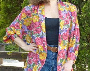 Vintage Clothing 80s. Vintage Jacket 1980s. Colorful flowers blazer for woman. Bat sleeves oversized cardigan. Funny, chic, trendy.