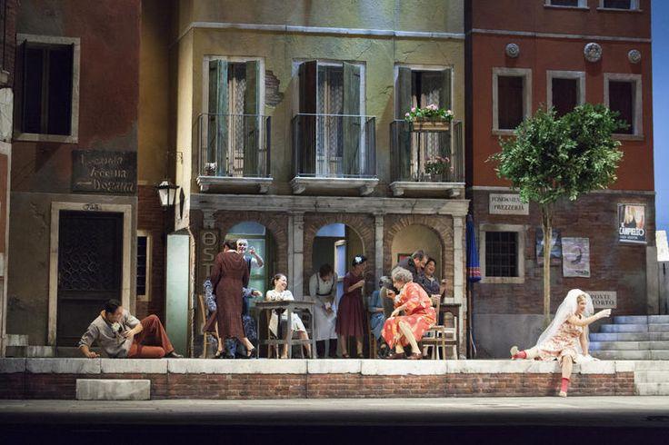 i brindisi per il matrimonio ne Il Campiello - II atto © Simone Donati / TerraProject / Contrasto