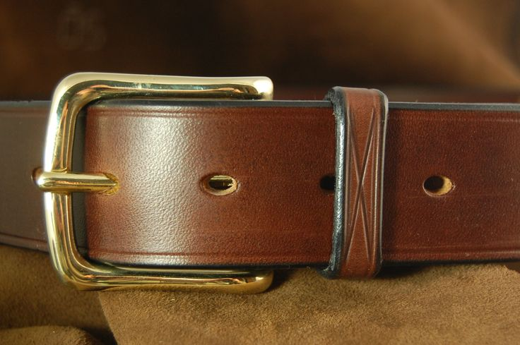The Scott - Made using J & F J Bakers Oak Bark tanned harness leather and designed for the gentleman traveller