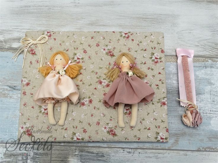 Picture of Βιβλίο ευχών φλοράλ με κούκλες