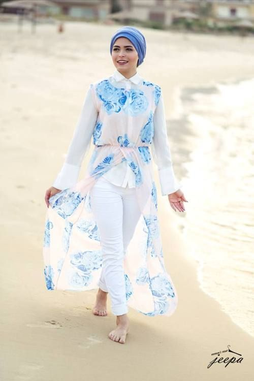 floral white with blue beach hijab outfit