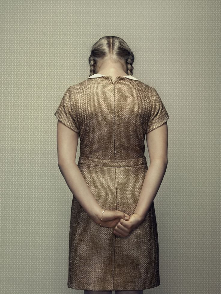 Erwin Olaf...beautifully simple and yet shows so many details. A great inspiration for displaying or tagging garments