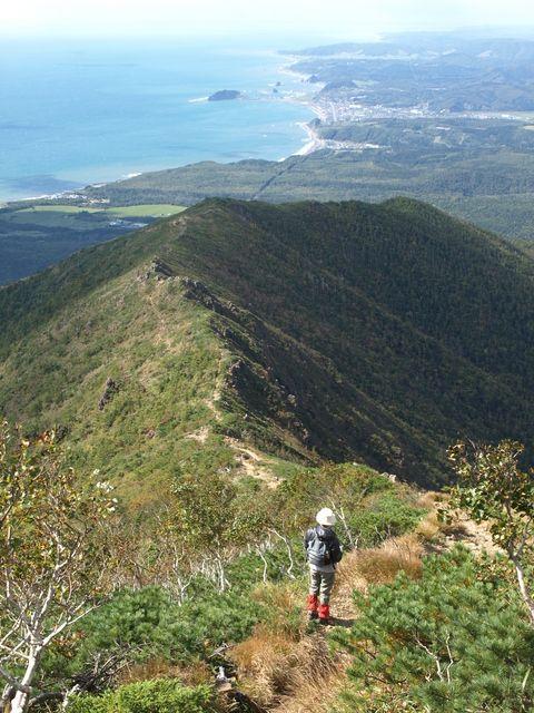 北海道のアポイ岳に登って澄んだ美味しい空気を吸おう!