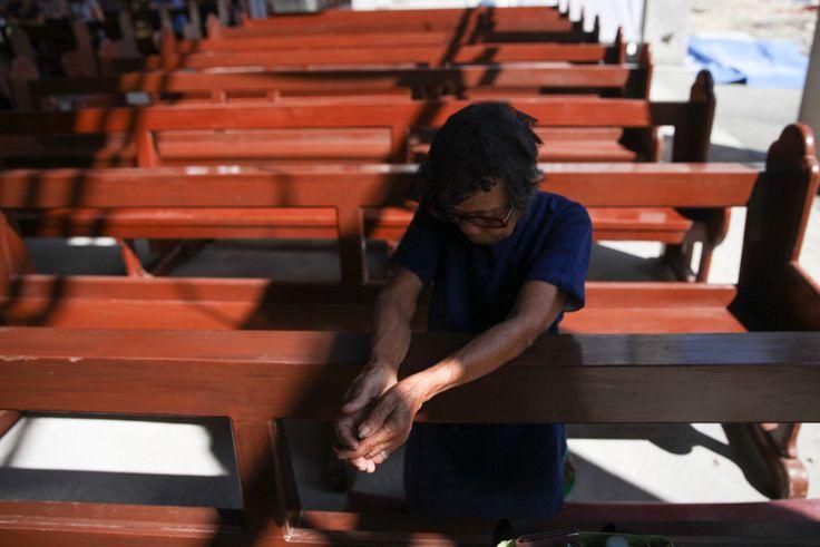 Quake-hit Boholanos still hope for Pope's visit | ABS-CBN News